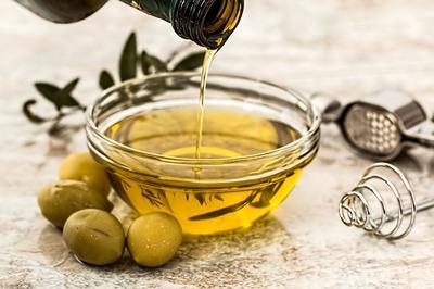 Miss Left Olive Oil