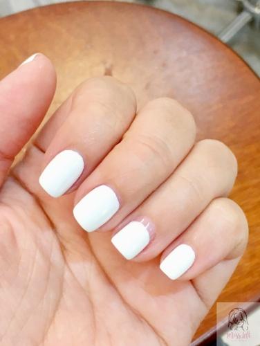 รีวิว เล็บเจล More beaute นางสาวมือซ้าย